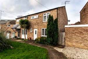 69 Hamilton Road, Kings Langley, Hertfordshire, WD4 8PY (SOLD SUBJECT TO CONTRACT)